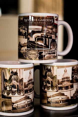 Winter Gardens Mugs